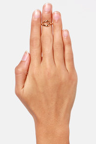 You're Talon-ted Gold Claw Knuckle Ring at Lulus.com!