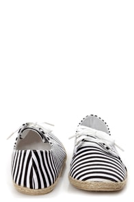 C Label Pecky 5A Black and White Striped Canvas Lace-Up Flats at Lulus.com!