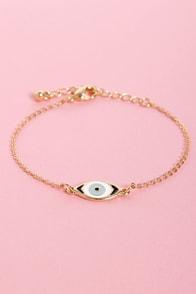 She's Got the Look Gold Eye Bracelet