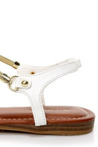 Bamboo Steno 50 White Gold Chain Flat Sandals at Lulus.com!