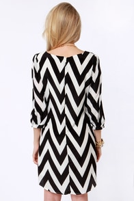 Pack Your Zigzags Black Chevron Print Dress at Lulus.com!