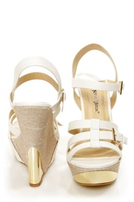 Heather 01 White Strappy Buckle Platform Wedge Sandals at Lulus.com!