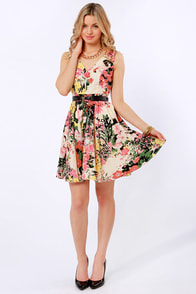 Darling Ashley Belted Floral Print Dress at Lulus.com!