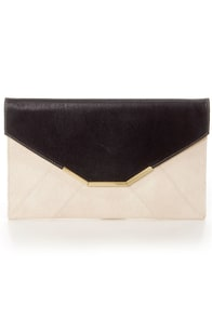 The Envelope, Please Black and Ivory Clutch at Lulus.com!