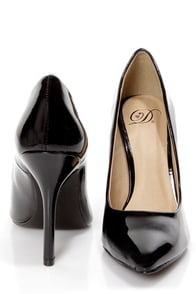 My Delicious Date Black Patent Pointed Pumps at Lulus.com!