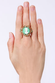 Lady in Waiting Gold Cameo Ring at Lulus.com!