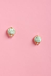 Wreath Around the Rosie Gold Rose Earrings at Lulus.com!