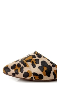 Dolley 03 Leopard Print D'Orsay Pointed Flats at Lulus.com!