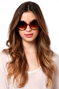 See the Light Tortoise Sunglasses at Lulus.com!