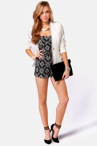 Gypsy Junkies Sandy Strapless Black Print Romper at Lulus.com!