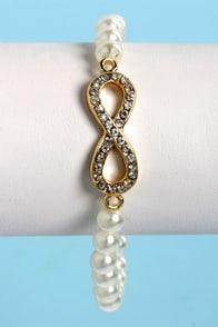 Everlasting Delight Infinity Pearl Bracelet at Lulus.com!