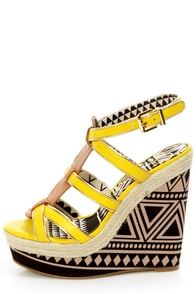 Jessica Simpson Ginny Daffodil T-Strap Platform Wedge Sandals at Lulus.com!