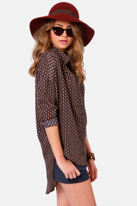 Costa Blanca Boyfriend Material High-Low Print Top at Lulus.com!