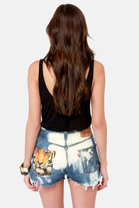 Laundry Room Big Cat Distressed Tiger Print Cutoffs at Lulus.com!