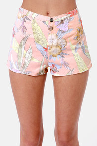 Insight Del May Peach Floral Print Shorts at Lulus.com!