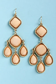 Lend Me Your Chandelier Peach Earrings at Lulus.com!