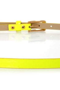 Hot n Bold Neon Yellow Skinny Belt at Lulus.com!