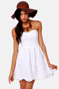 Pretty as a Picnic Strapless White Dress at Lulus.com!
