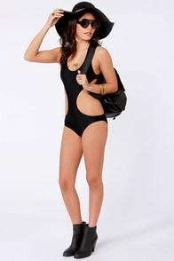 Beach Riot The Day Dreamer Black One Piece Swimsuit at Lulus.com!