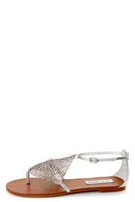 Steve Madden Shineyy Silver Rhinestone Studded Thong Sandals at Lulus.com!