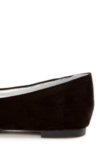Velma 01 Black Smoking Slipper Pointed Flats at Lulus.com!
