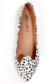 Velma 01 Dalmatian Print Smoking Slipper Pointed Flats at Lulus.com!