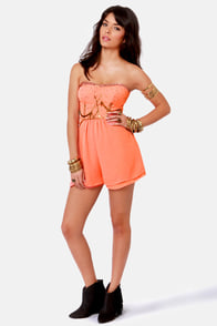 Ladakh Diamond Heart Strapless Coral Romper at Lulus.com!