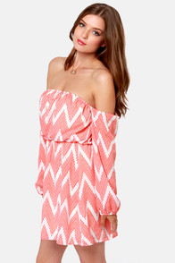 Play the Field Off-the-Shoulder Chevron Print Dress at Lulus.com!