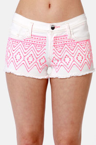 Roxy Carnivals Embroidered White Cutoff Jean Shorts at Lulus.com!