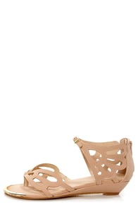Bamboo Dalinda 30 Nude Scalloped Cutout Thong Sandals