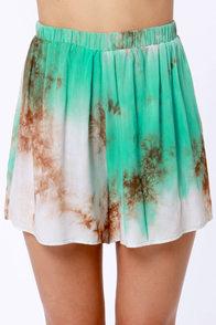 Gypsy Junkies Suzy Tie-Dye Shorts at Lulus.com!
