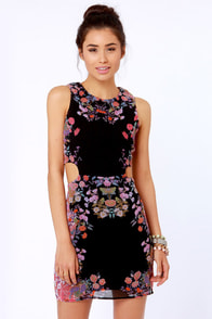 Symmetry's in Bloom Black Floral Print Dress