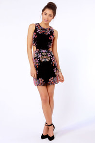 Symmetry's in Bloom Black Floral Print Dress at Lulus.com!