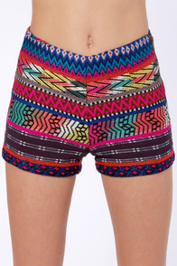 Billabong Step Outside Lima Woven Print Shorts at Lulus.com!