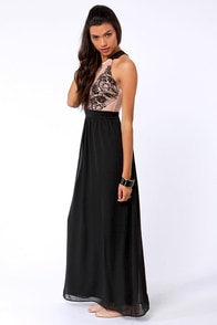 LULUS Exclusive Pleased as Plunge Peach and Black Maxi Dress at Lulus.com!
