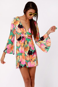 Made for Rockin' Cutout Floral Print Dress at Lulus.com!