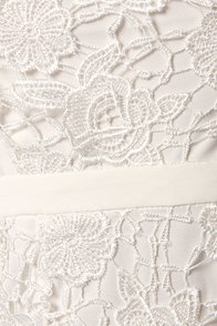Stop, Look, and Lace-en White Lace Dress at Lulus.com!