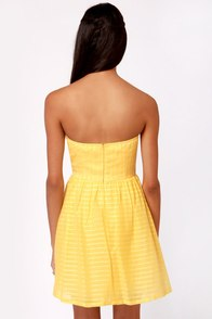 Stylist's Pick-nic Yellow Strapless Dress at Lulus.com!