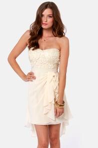 Sash-a-frass Strapless Cream Dress