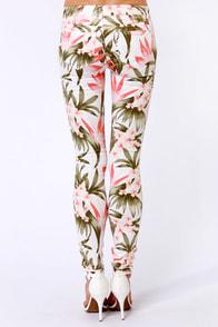 Moto Super Skinny Coral Floral Print Skinny Jeans at Lulus.com!