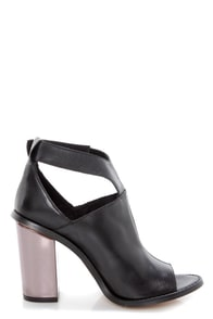 Sixtyseven Lindsey Floater Black Cutout Peep Toe Ankle Booties at Lulus.com!