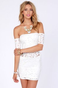 Somedays Lovin' Diamond Shrine Off-the-Shoulder Ivory Dress at Lulus.com!