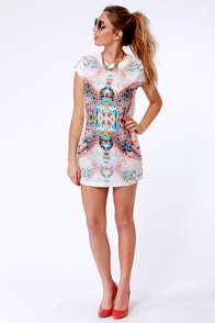 At Your Beck and Kaleidoscope Print Shift Dress at Lulus.com!