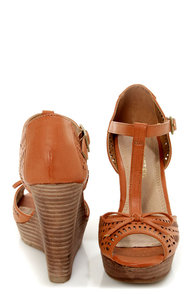 Restricted Milk Shake Camel Cutout T-Strap Peep Toe Wedges at Lulus.com!