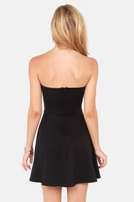 LULUS Exclusive Flare Share Black Strapless Dress at Lulus.com!