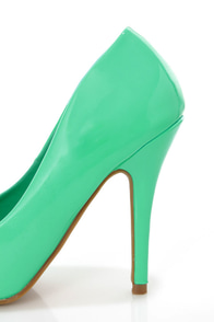 Elly 1 Mint Patent Pointed Pumps at Lulus.com!