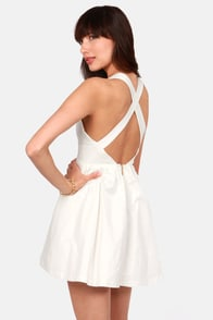 Marilyn Mon-Whoa! Cutout Ivory Dress at Lulus.com!