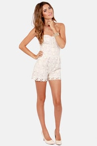 Maid in the Shade Blush Lace Romper at Lulus.com!