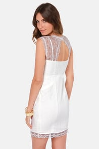 Lady in Dating Ivory Lace Dress at Lulus.com!