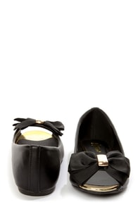 Mixx Shuz Dolly Black and Gold Bow-Topped Peep Toe Flats at Lulus.com!